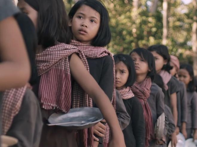 Phim moi cua Angelina Jolie va noi dau mang ten Khmer Do hinh anh
