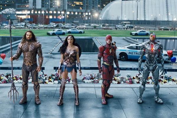'Justice League' du kien ra quan kem 'Thor: Ragnarok' tai Bac My hinh anh