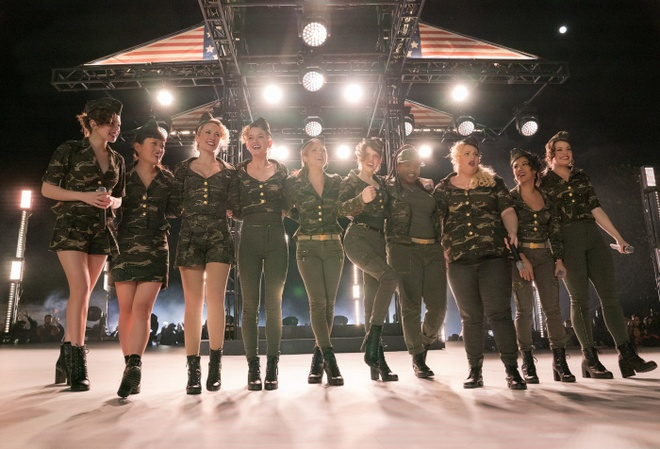 review phim Pitch Perfect 3 anh 2