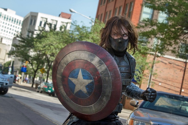 Sebastian Stan muon Chien binh Mua dong som tro thanh Captain America hinh anh