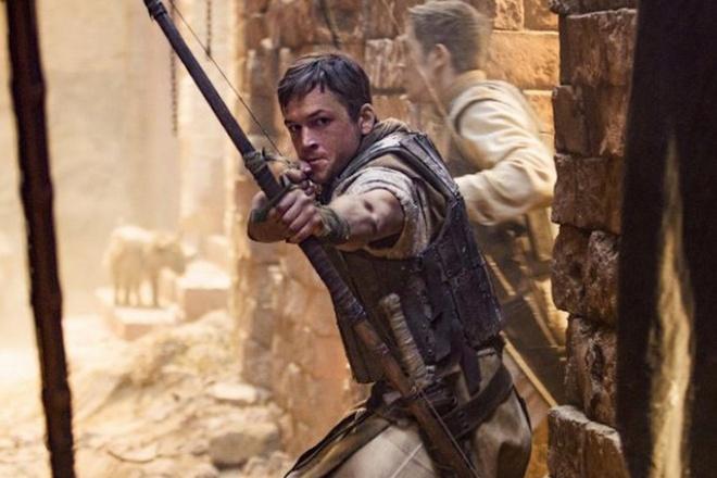 Phim 'Robin Hood' cua tai tu 'Kingsman' hoan chieu hai thang hinh anh