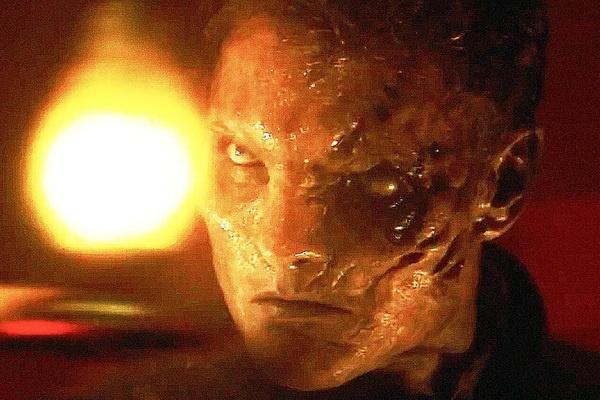 'Dinh thu Winchester': Tac pham kinh di hoi hot, do dang hinh anh