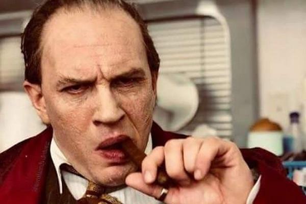 Tom Hardy lot xac khi hoa than ong trum Al Capone hinh anh
