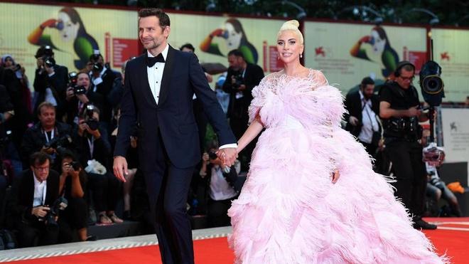 Phim cua Lady Gaga duoc tung ho sau buoi cong chieu o LHP Venice hinh anh 2