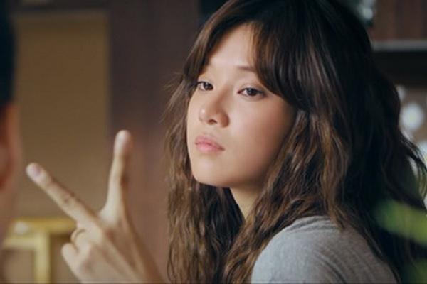 'Ke hoach doi chong' cua Hoang Yen Chibi: Hoi hot, thieu cam xuc hinh anh