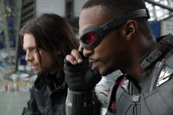 Doi ban than cua Captain America co phim truyen hinh rieng hinh anh