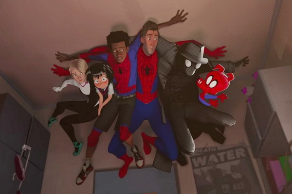 6 Nguoi Nhen xuat hien trong 'Spider-Man: Into the Spider-Verse' hinh anh