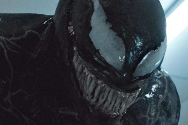 Bom tan 'Venom' vuot doanh thu 'Wonder Woman' hinh anh