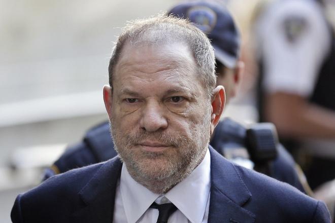 Phim tai lieu ve be boi tinh duc cua Harvey Weinstein chuan bi ra mat hinh anh
