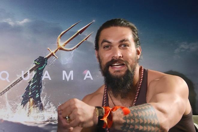 Dan cast 'Aquaman' gui loi chao khan gia Viet Nam hinh anh