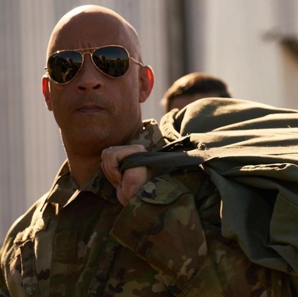 Vin Diesel he lo tao hinh sieu anh hung moi Bloodshot hinh anh 1