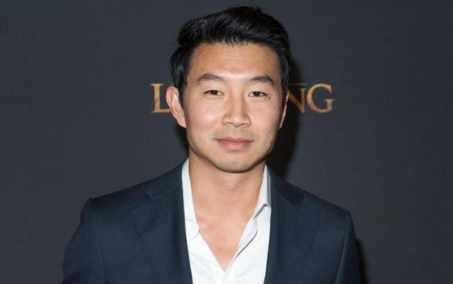 Simu Liu là người thể hiện nhân vật siêu anh hùng mới Shang-Chi của MCU