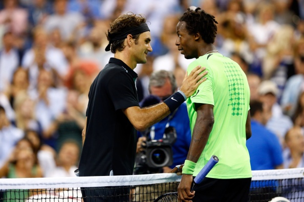 Man nguoc dong ngoan muc cua Federer truoc Monfils hinh anh