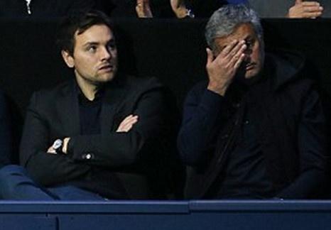 Mourinho bat dac di xem Djokovic cham tran Murray hinh anh