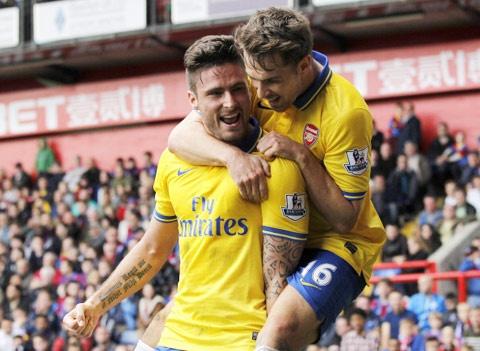 West Brom - Arsenal: Phao thu hung phan hinh anh