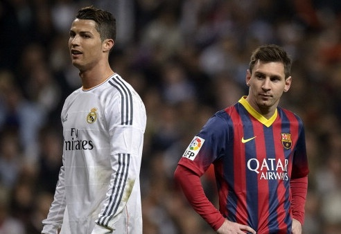Ronaldinho danh gia Messi tren tai Ronaldo hinh anh 1