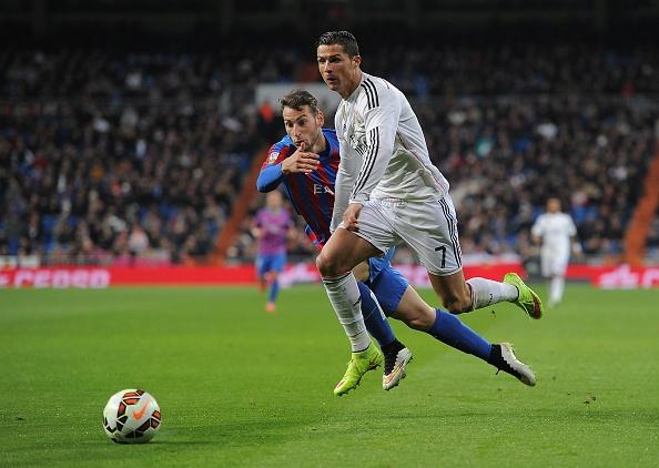 Ronaldo to thai do bat man khi Bale lap cong hinh anh 1