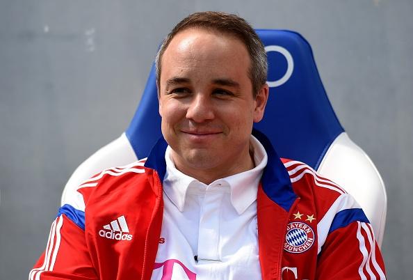 Bayern thang kem an tuong, Dortmund ha Paderborn 3-0 hinh anh 9