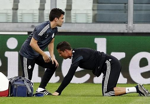 Ronaldo dau nhe truoc tran ban ket voi Juventus hinh anh
