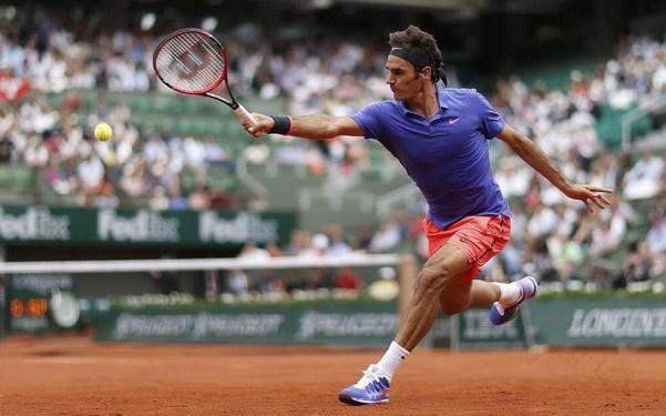 Vong 4 Roland Garros 2015: Federer 3-1 Monfils hinh anh