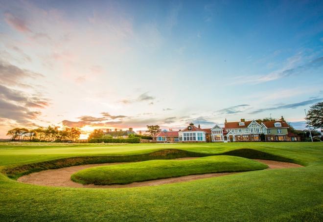 Top 10 san golf dep nhat hanh tinh hinh anh 3