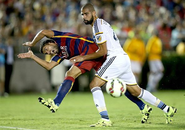 Luis Suarez lap cong, Barca khoi dau nhu y tai ICC hinh anh