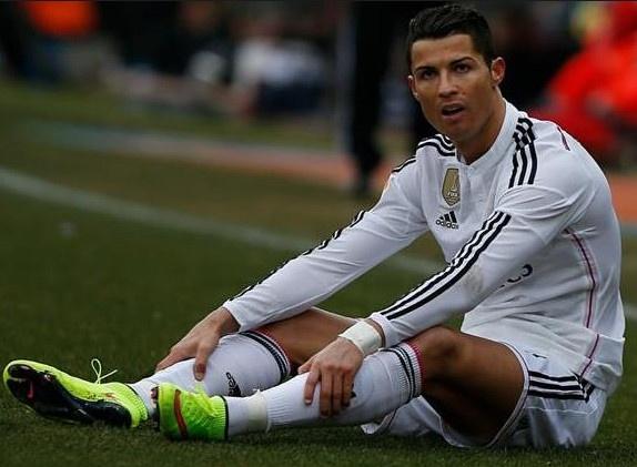 Ronaldo kip tro lai ngay khai man La Liga hinh anh