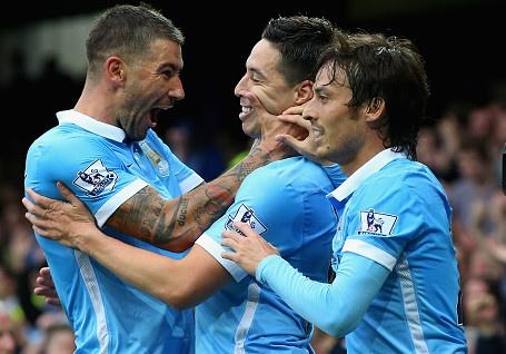 Everton 0-2 Man City: Man Xanh tro lai ngoi dau hinh anh