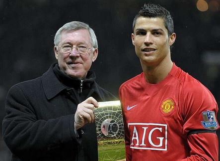 'Sir Alex tung quat thao cac cau thu M.U, tru Ronaldo' hinh anh
