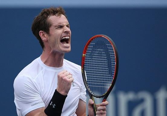 Murray nguoc dong sau khi thua 2 set, Federer toc thang hinh anh