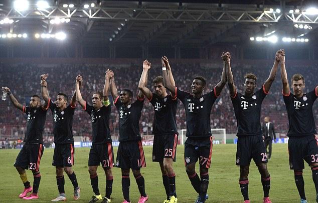 Canh sat Hy Lap tran ap fan Bayern bang dui cui hinh anh 12