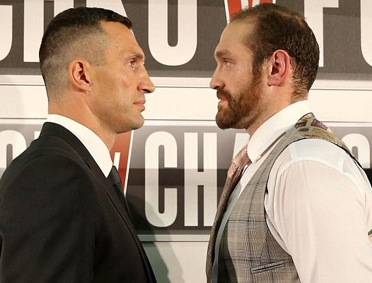 Tran so gang dinh cao Klitschko - Fury bat ngo bi hoan hinh anh