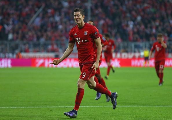 Lewandowski, Mueller lap cu dup giup Bayern ha Dortmund 5-1 hinh anh 4