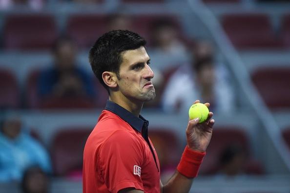 Djokovic bat kip thanh tich cua huyen thoai Jimmy Connors hinh anh