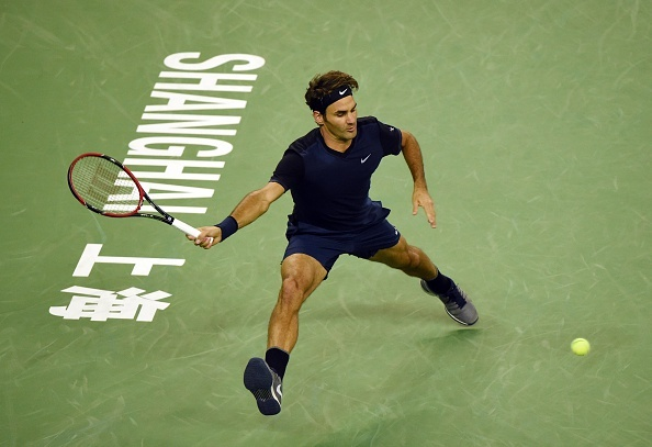 Federer bat ngo bi loai ngay vong 1 Shanghai Masters hinh anh 1
