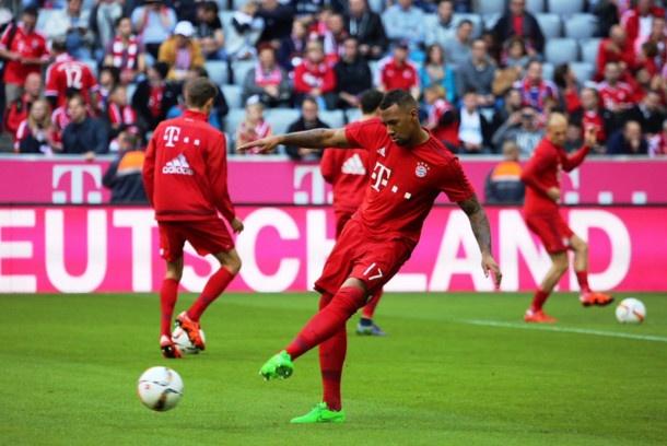 Bayern 4-0 Stuttgart: Lewandowski tiep tuc bo xa Ronaldo hinh anh 10