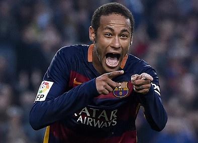 Neymar xung dang vuot Messi, Ronaldo gianh 'Qua bong vang'? hinh anh