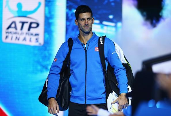 Djokovic nhan cup sau chien thang de dang truoc Nishikori hinh anh 4