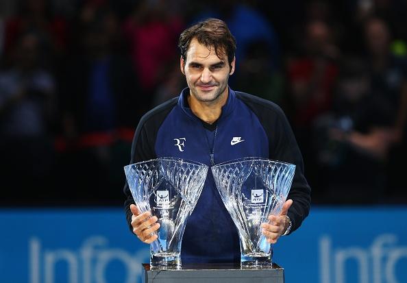 Federer nhan 2 danh hieu tai ATP World Tour Finals hinh anh