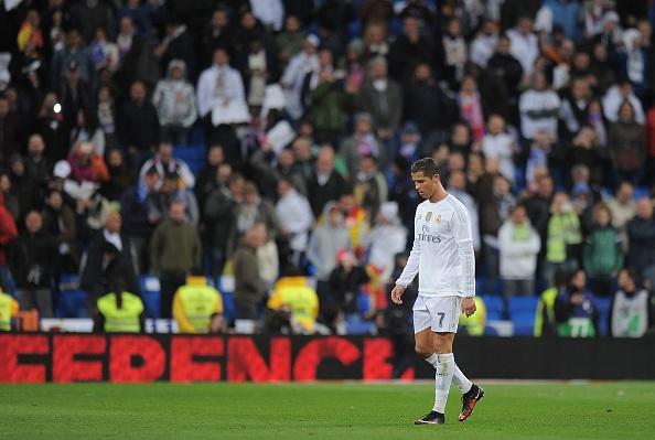 Ronaldo phan ung gian du sau tran El Clasico hinh anh 1