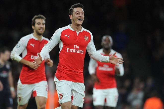Thang dam Dinamo, Arsenal nam quyen tu quyet vao knock-out hinh anh