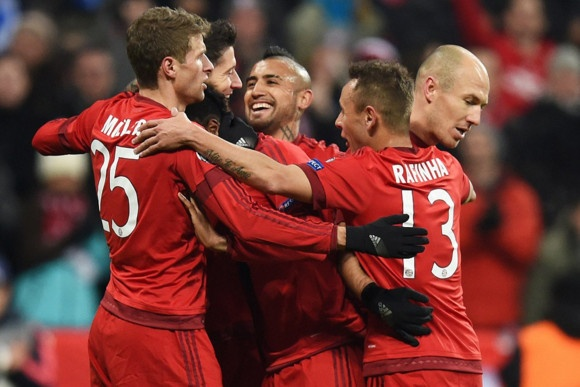 Ha Olympiacos 4-0, Bayern mang lai hy vong cho Arsenal hinh anh