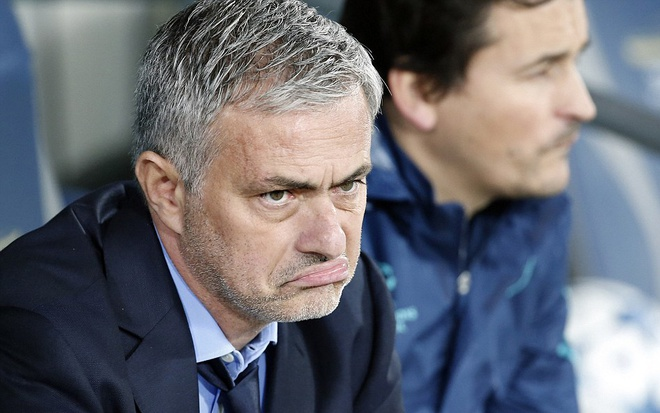 Thay tro Mourinho - Costa tranh cai giua tran gap Maccabi hinh anh