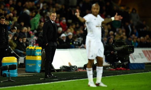 Liverpool 1-0 Swansea: The Kop chi con cach ngoi dau 6 diem hinh anh 8