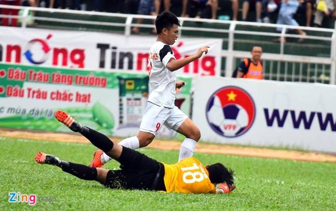 Phung phi co hoi, U21 VN thua Singapore o loat luan luu hinh anh 10