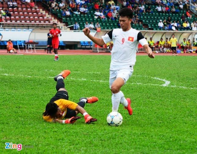 Phung phi co hoi, U21 VN thua Singapore o loat luan luu hinh anh 11