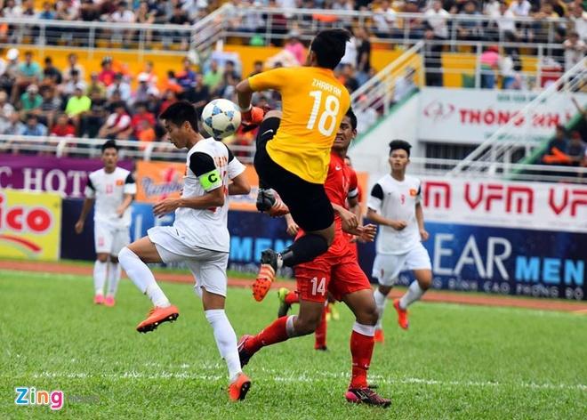 Phung phi co hoi, U21 VN thua Singapore o loat luan luu hinh anh 15