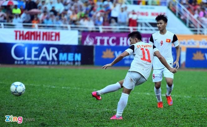 Phung phi co hoi, U21 VN thua Singapore o loat luan luu hinh anh 20