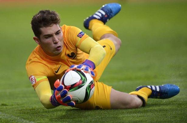 Con trai Zidane nhan the do vi huc dau doi phuong hinh anh 1