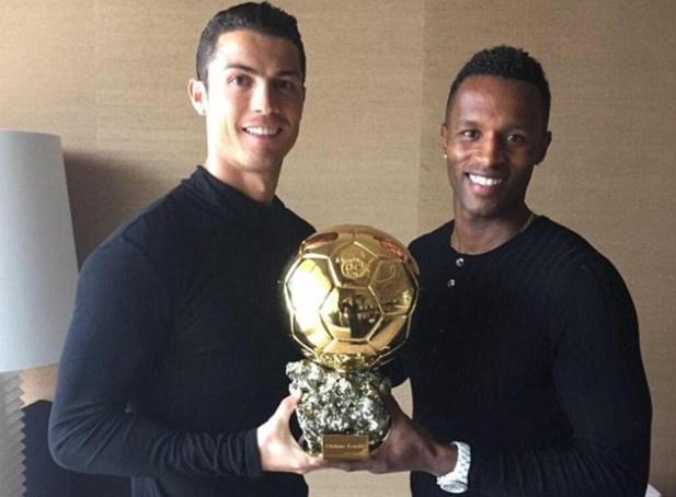 Ronaldo cuu su nghiep cua ban than hinh anh